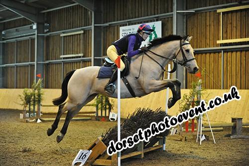 Sparsholt Equestrian Centre Indoor Jumping